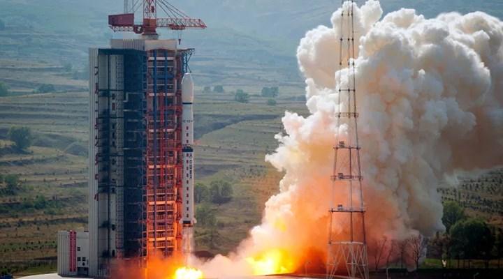 Çin, uzaya üç uzaktan algılama uydusu gönderdi