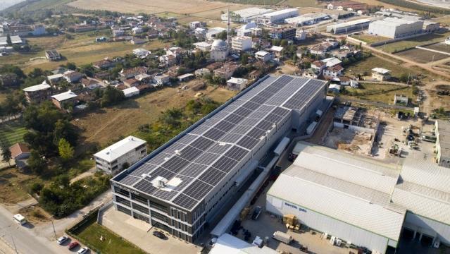 CW Enerji fabrika çatılarını GES ile donatıyor